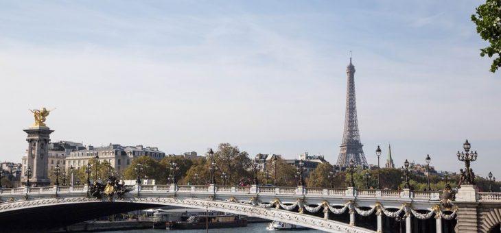 Service de VTC, location d'autobus et minibus à Paris et région