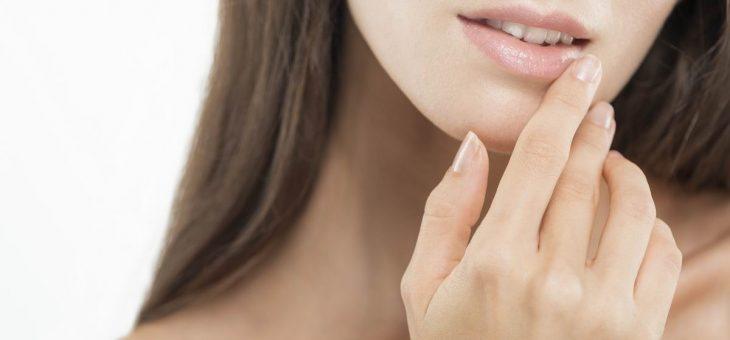 Traitement des lèvres avec de l'acide hyaluronique à Villeneuve d'Ascq
